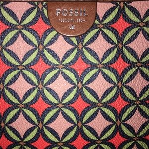Fossil Bags - Fossil tote new without tags.